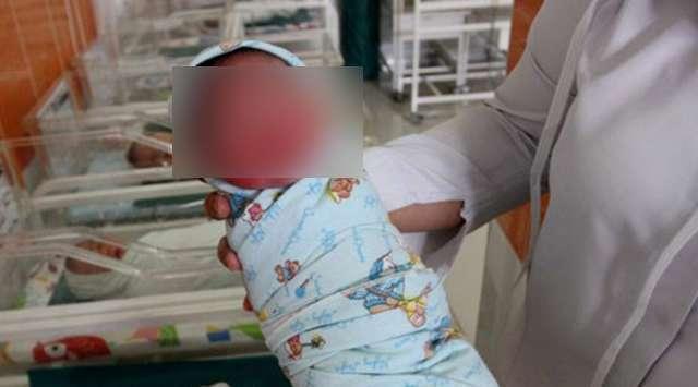 MIRIS! Karena Ulah Ibunya, Bayi Ini Sudah Ditempa Narkoba Sejak Masih Dikandungan