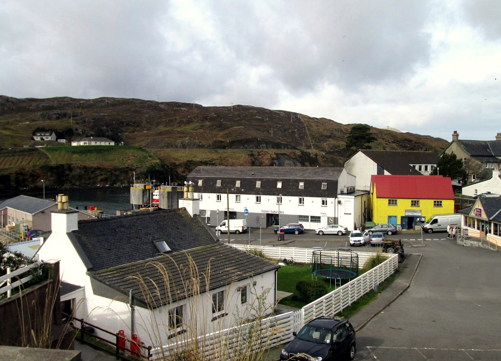 Pier Road The Town Center Hebrides Hotel Long White Tarbert Yellow Tourist Information Beige Right