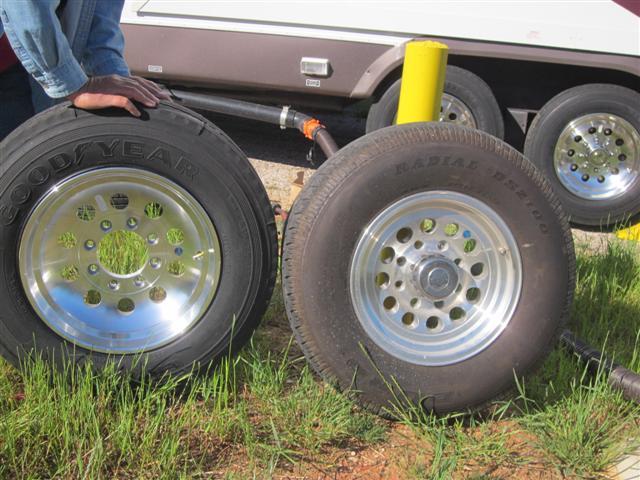 tumbleweed new tires finally big truck. Black Bedroom Furniture Sets. Home Design Ideas