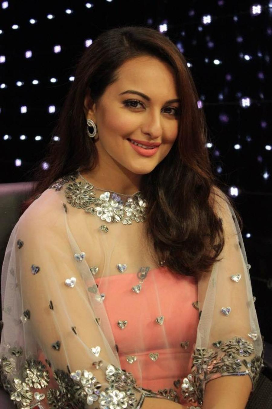 Model Sonakshi Sinha At Film Promotion In Pink Dress