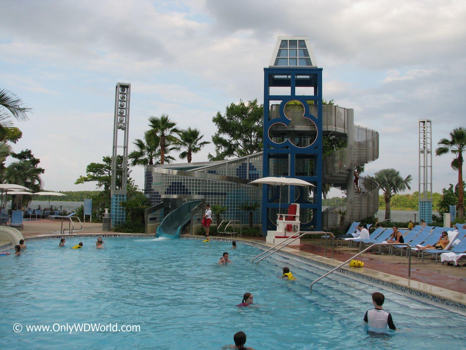 Bay Lake Tower At Disney S Contemporary Resort Disney