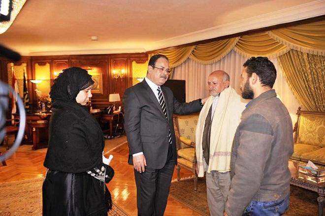 وزير الداخلية يعتذر لاسرة ضحية الدرب الاحمر ..حقه لن يضيع