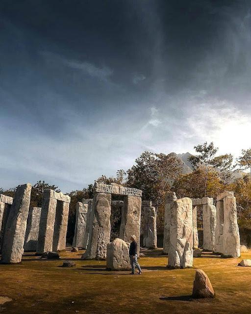 wisata Stonehenge Jogja