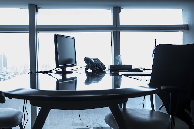 pros cons owning vs leasing office space versus buying offices