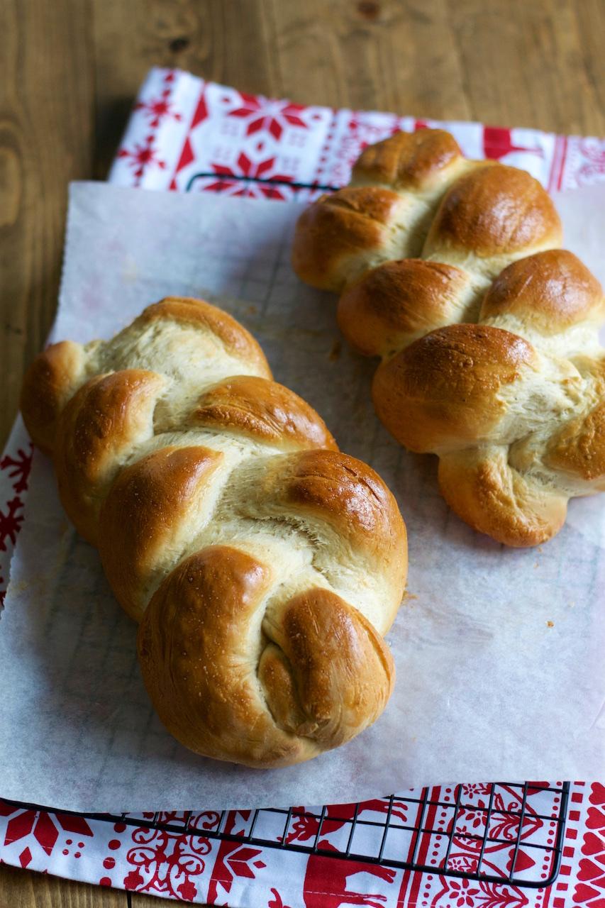 Swedish Christmas Bread.Lunch Latte Swedish Braided Bread With Cardamom