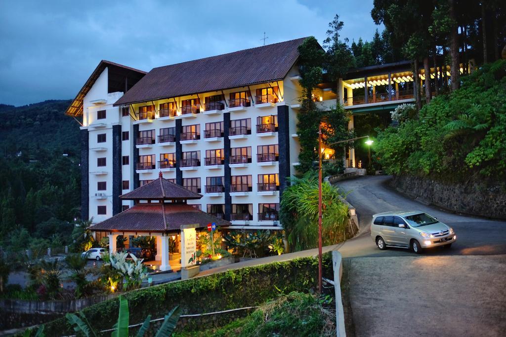 The Grand Hill Hotel termurah dan indah di puncak Bogor