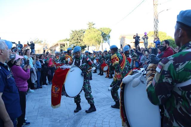 Drum Band Pasukan Garuda Indobatt Pukau Ribuan Warga Lebanon
