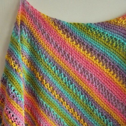 Gina Ridged Shawl - Free Knitting Pattern