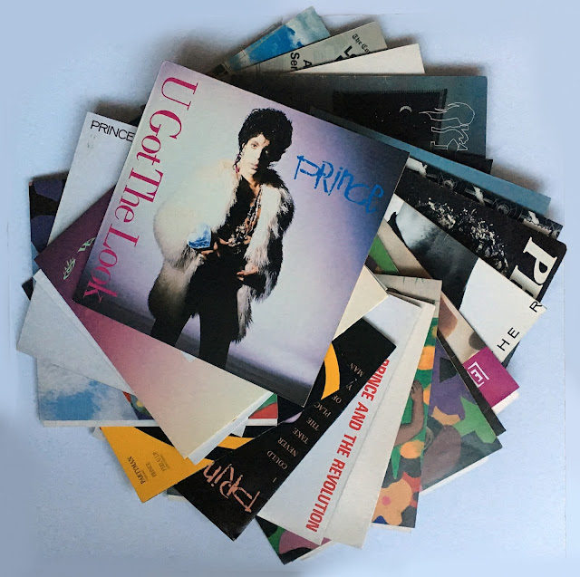 Te koop Prince cd's en elpee's, maxi singles en tourboeken