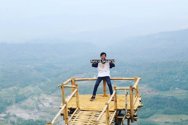 foto puncak sendaren jateng