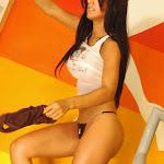 Andrea Rincon – Selena Spice – Sexy Top Blanco y Tanga Negra Foto 116