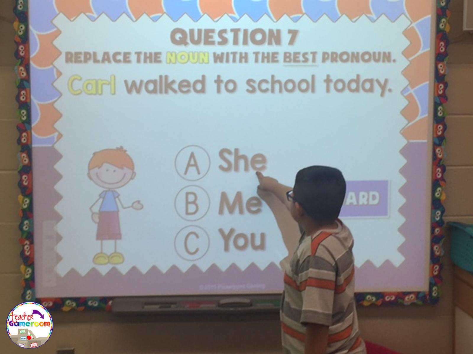 Teacher Gameroom Replacing Nouns With Pronouns