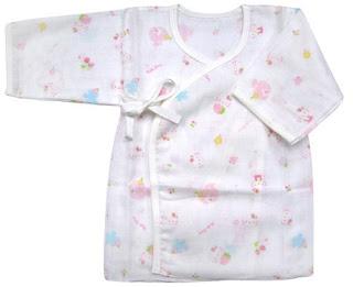 雪與陽光下: 新生兒準備清單 & 衣服