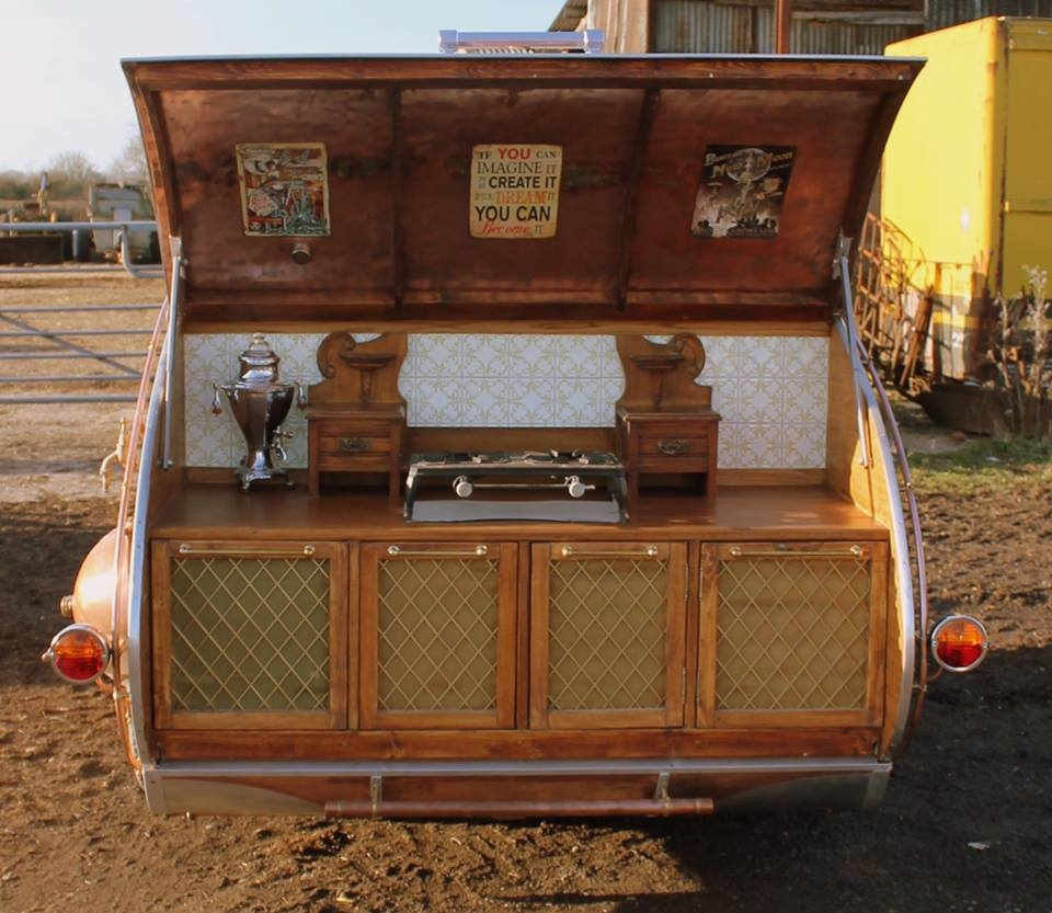 14-Dave-Moult-Tiny-Steampunk-Architecture-with-the-Teardrop-Trailer-www-designstack-co