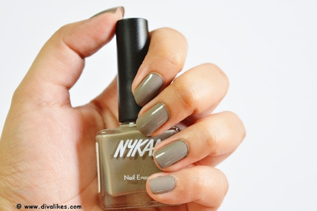 Nykaa Nude Nail Enamel Earl Grey Tea Cake Review