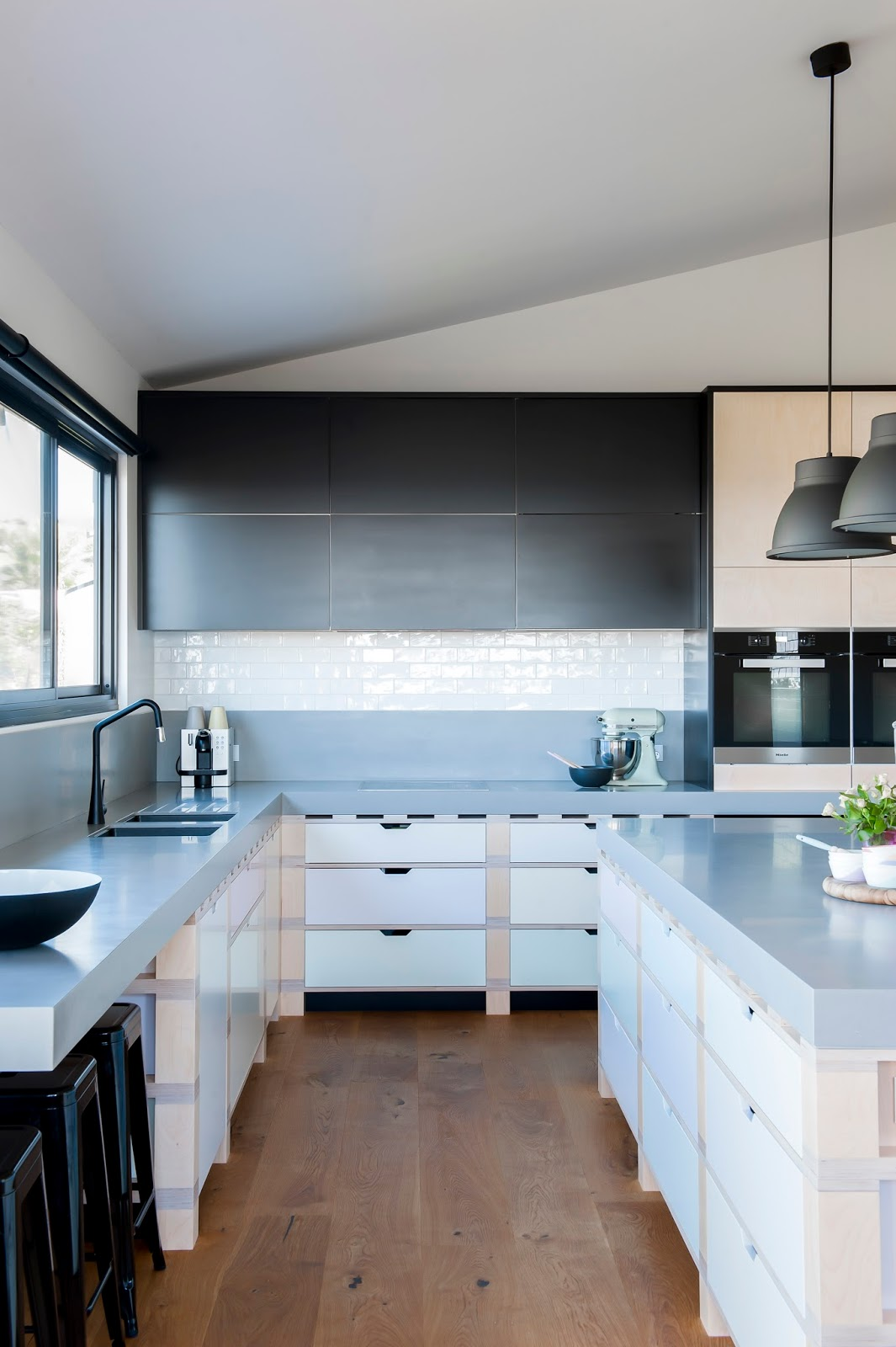 minosa award winning kitchen design palette construction song different wow corian plywood kiama holiday house%2b%25282%2529