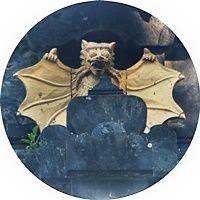 Pura-Goa-Lawah-rezando-con-murciélagos