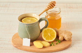 Raw Honey and Lemon with Ginger for Sore Throat