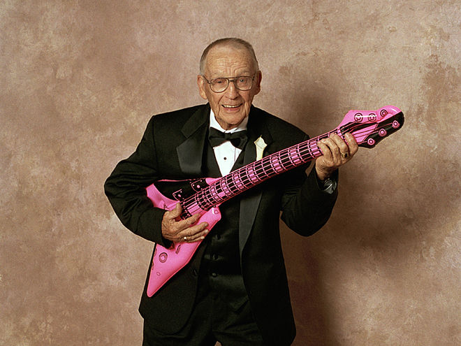 Old Man Guitar : young at heart music therapy for the elderly ~ Hamham.info Haus und Dekorationen