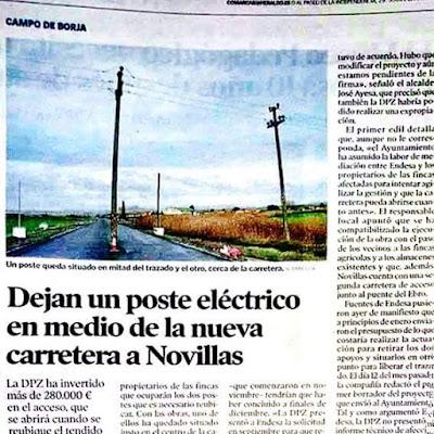 Dejan un poste eléctrico en medio de la nueva carretera a Novillas