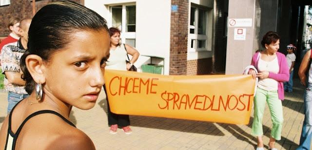 http://www.tyden.cz/rubriky/domaci/odskodne-za-nucenou-sterilizaci-by-mohlo-byt-asi-tri-sta-tisic_329995.html