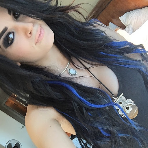 Paige Reacts To Critics on How WWE Women Stars Dress