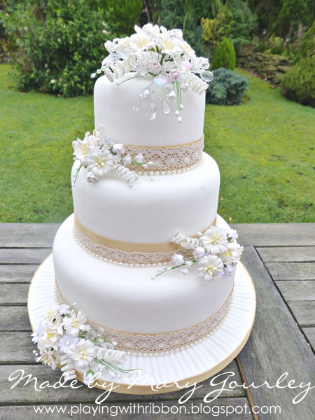 Simple Vintage Wedding Cakes