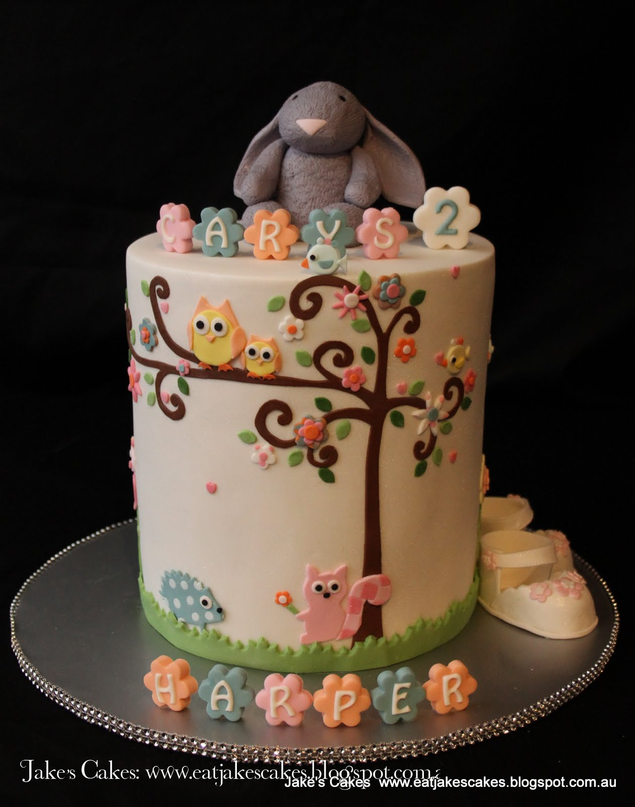 Happy Birthday To My Beautiful Daughter Carys I Cant Believe Shes 2 Where Has Those Years Gone This Cake Is Styled On Some Of The Things She Loves