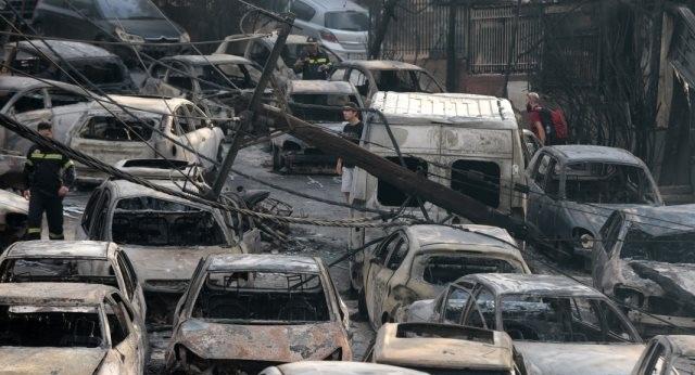 BBC: Η αστυνομία έστελνε τους οδηγούς στην πορεία της φωτιάς
