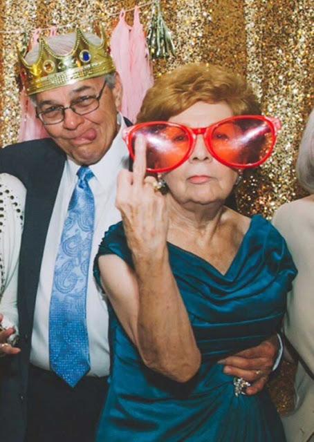 Las Fotos de  boda que unos abuelitos cambiaron