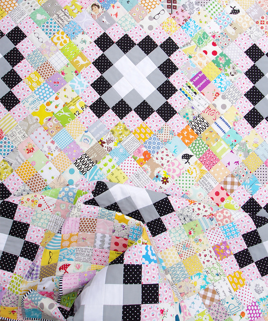 Irish Chain Scrap Buster Quilt - tutorial available | Red Pepper Quilts