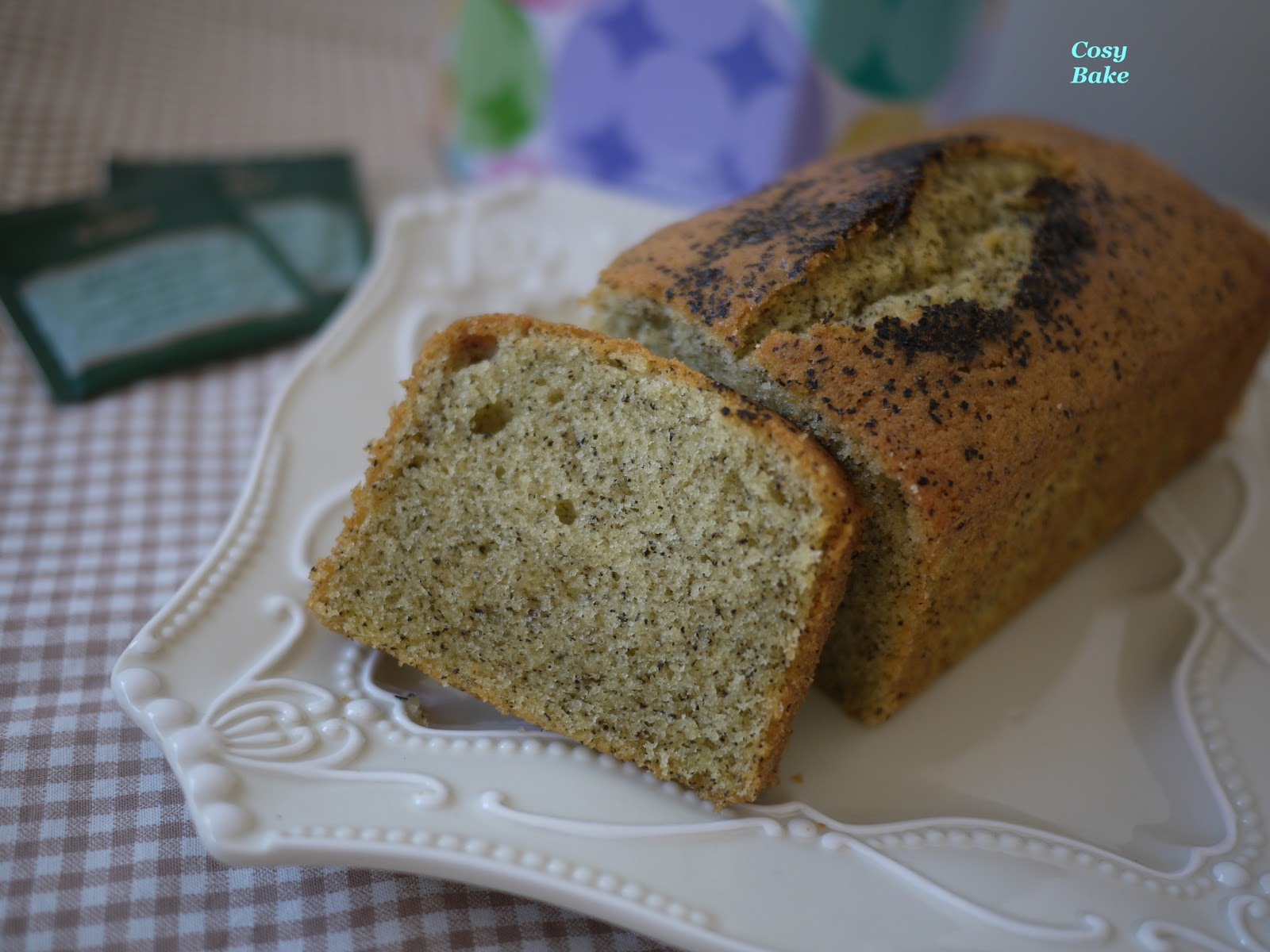 Earl Grey Pound Cake With Lemon Curd