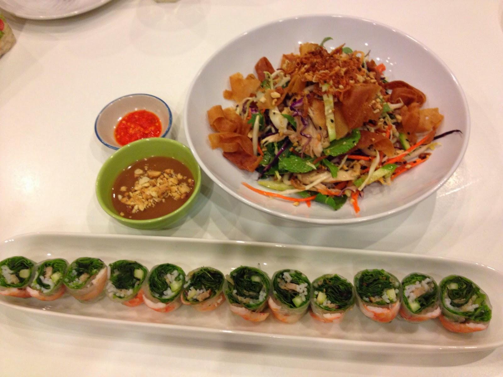 Bangkok - Fresh rolls and salad at Vietnamese and More restaurant