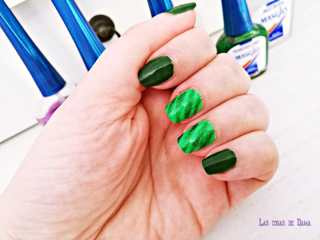 Dona médua linfoma masglo verde solidaridad salud día internacional manicura beauty