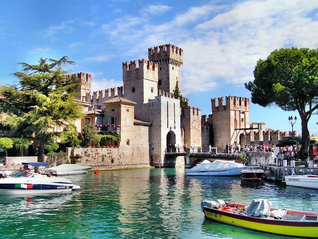 Sirmione lago di Garda provincia di Brescia