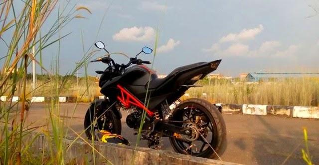 Modifikasi Motor Yamaha Vixion Black Street