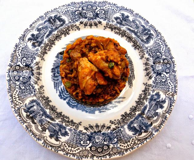 arroz-pollo-alcachofas-guisantes-presentacion