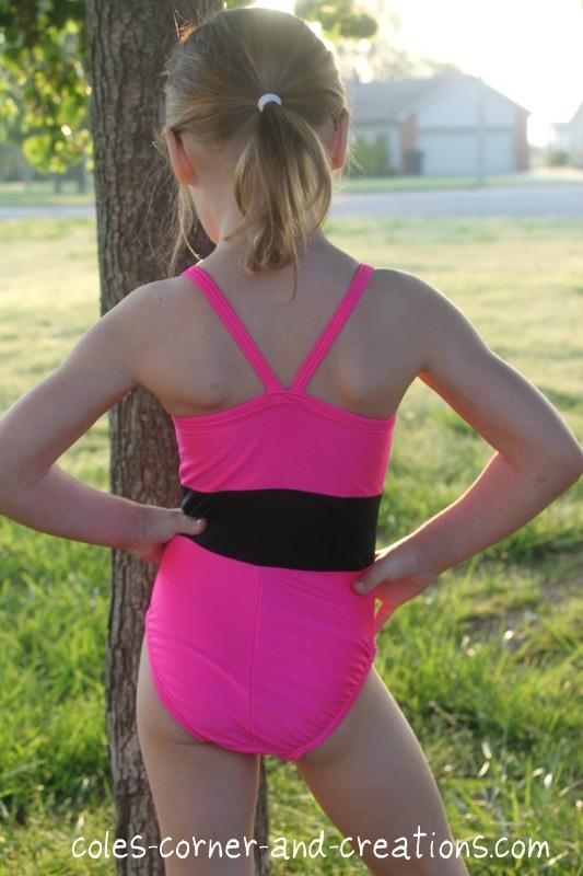 3 teen girls shoing off their bodies - 1 part 9