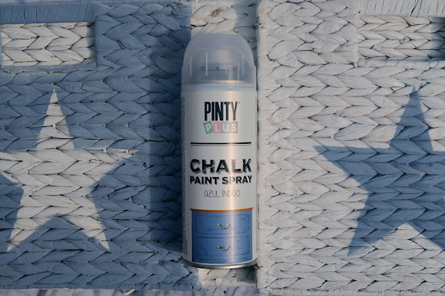 Painted Stars with Pinty Plus Chalk Paint Blue Indigo