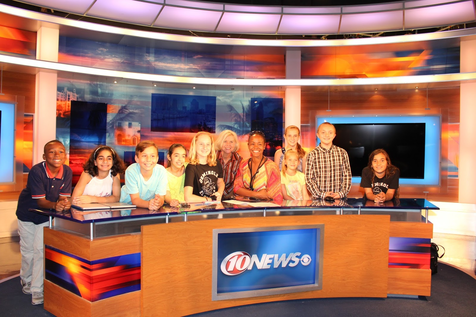 Mom 2 Mom with Kadi: Kids put on live newscasts at school