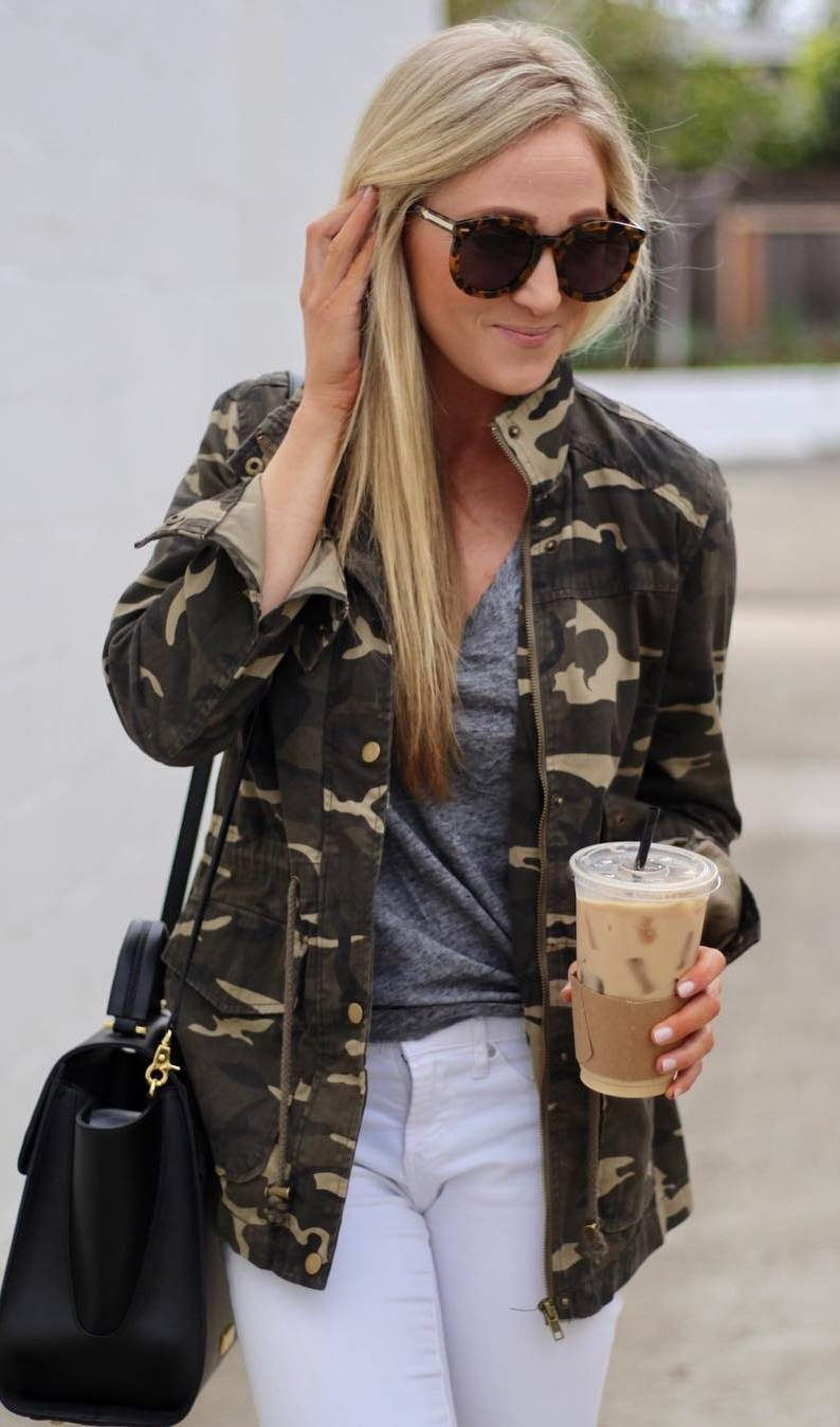 trendy ootd / khaki jacket + top + bag + white skinnies