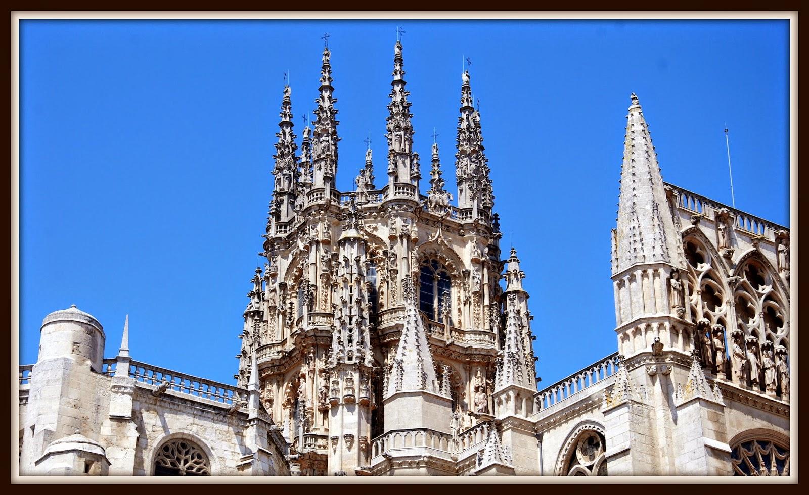 Pináculos de la Catedral de Burgos