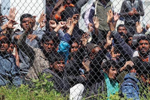 Πονηρό σύμφωνο καταργεί τα σύνορα