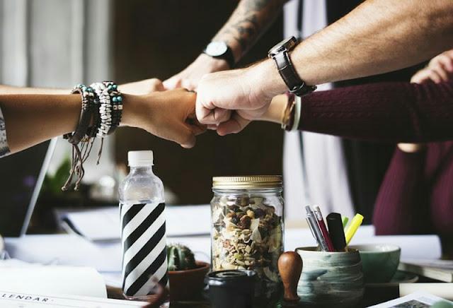Semangat Kerja Teamwork