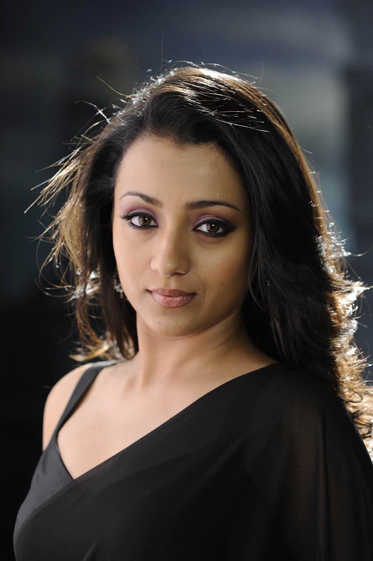 Actress Yamini- Spicy Navel In Half Saree. - Indian