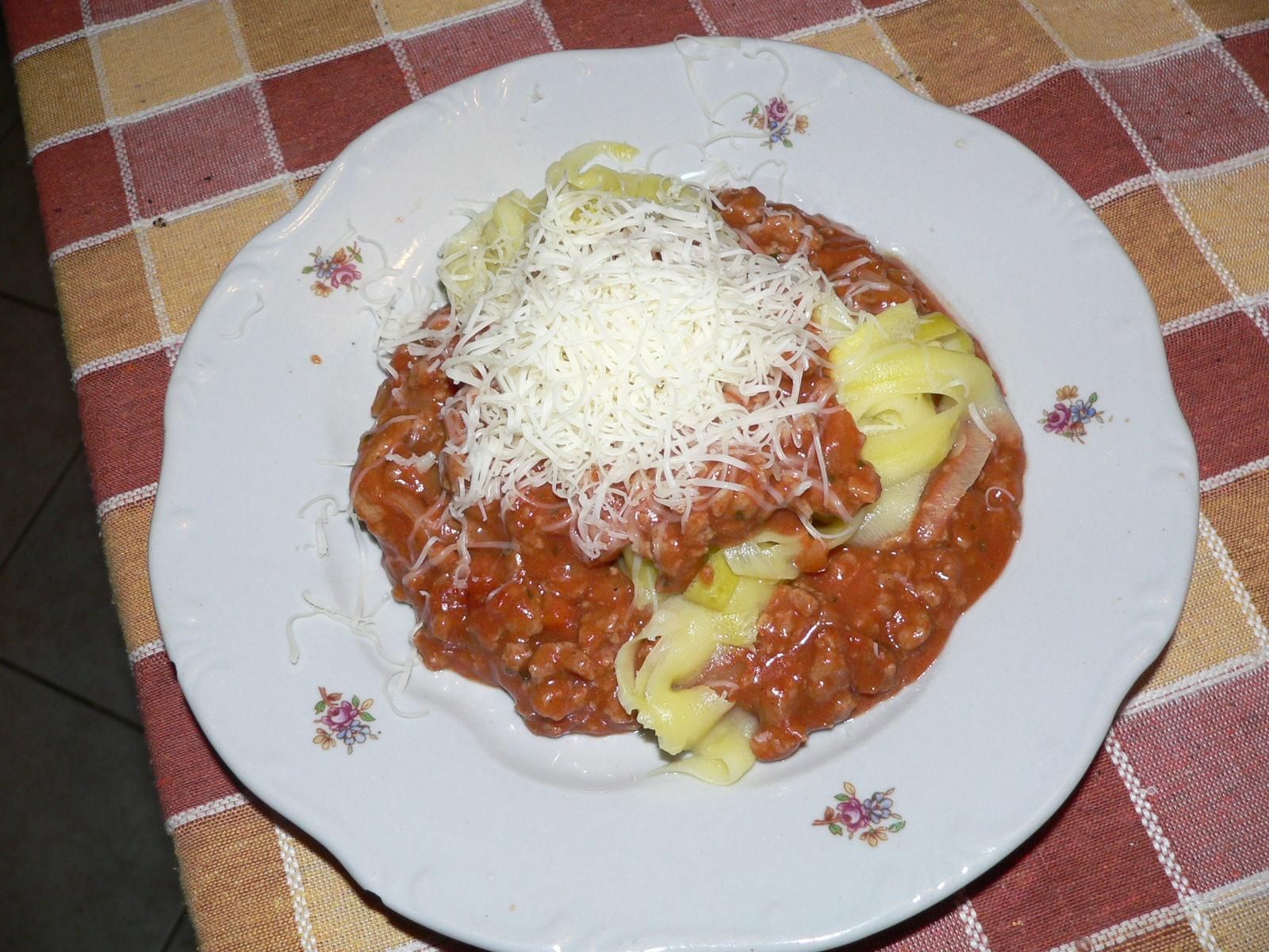 """Megváltoztatom az életem: Cukkini """"spagetti"""" bolognai szósszal"""
