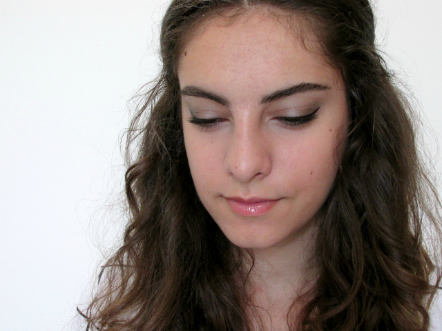 Essence cosmetics makeup look