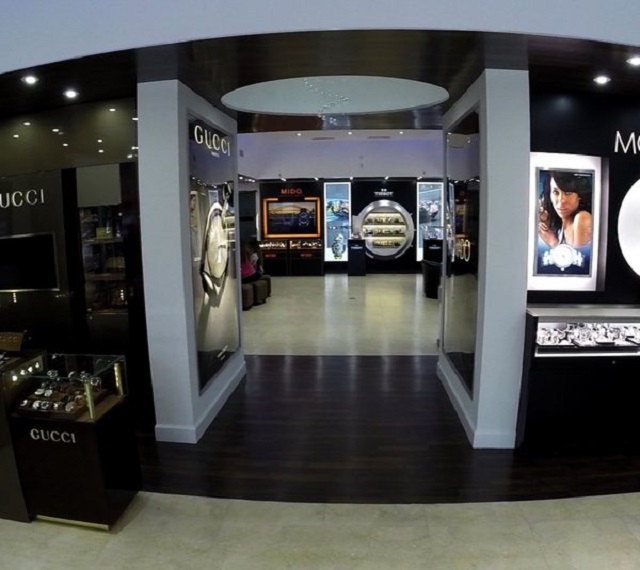 Estrutura da loja de óculos Lexor Miami