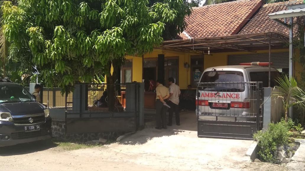Alamat: Jl. Pelabuhan Laut Pangandaran, No. 77, Klapa Tiga RT/Rw 02/07, Desa Babakan, Ciamis, Pangandaran, Jawa Barat