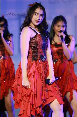 foto hot Performs Frieska JKT48 Yang Cantik